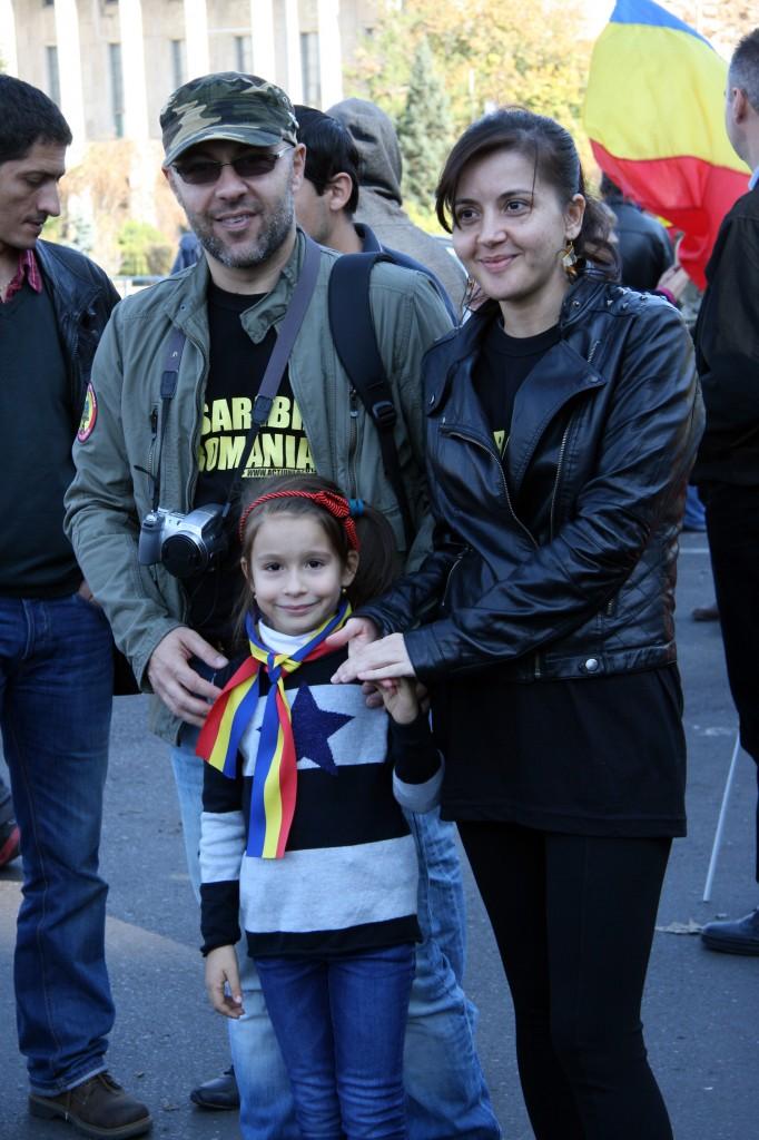 bfe433e0 FOTO, VIDEO) La Bucureşti s-a cerut Unirea ~ InfoPrut